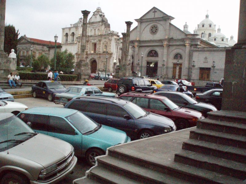 view of the central square in quetzaltenango.
